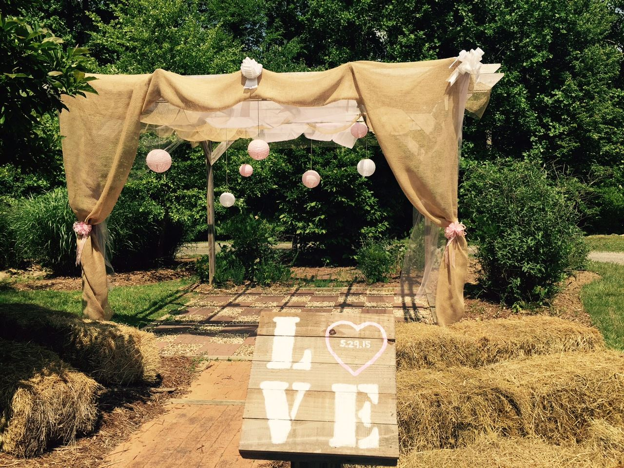 17 Explore Park Pergola Wedding (1)